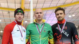 28 октября. Коломна. Виктор Муштаков, Павел Кулижников, Денис Юсков (слева направо) - призеры забега на 1000 м.