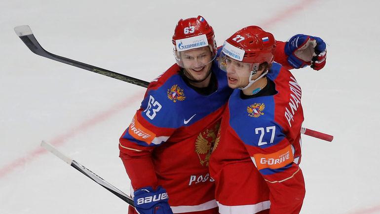 Евгений Дадонов и Артемий Панариин. Фото REUTERS