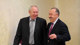 Олег Романцев и Валерий Газзаев.