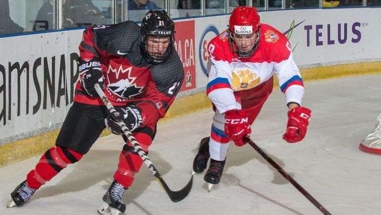 Российские хоккеисты смогли обыграть принципиальных соперников из Канады.