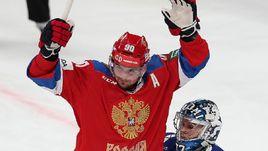 8 ноября. Хельсинки. Финляндия - Россия - 0:3. Андрей Локтионов празднует очередной гол в ворота финнов.