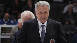 11 ноября. Торонто. Александр Якушев - в Зале хоккейной славы.