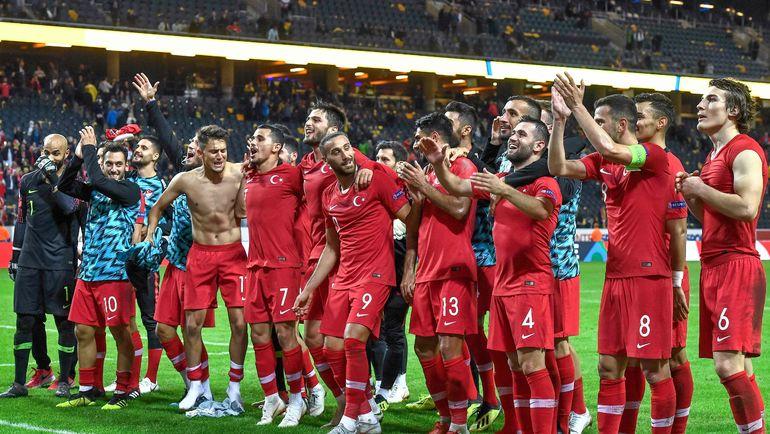 Россия ждет от Турции положительного результата в матче с Швецией. Фото AFP