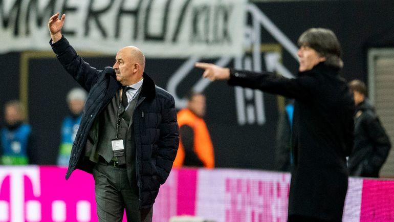 15 ноября. Лейпциг. Германия – Россия – 3:0. Станислав Черчесов. Фото AFP