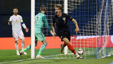 Хорватия нокаутировала Испанию, Бельгия выиграла в сотом матче Витселя