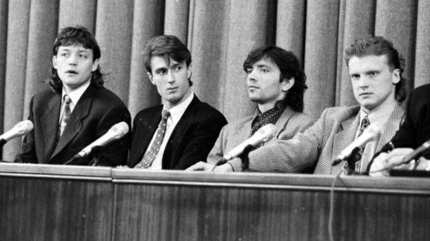 Василий Кульков, Андрей Иванов, Игорь Добровольский и Сергей Кирьяков (слева направо) на пресс-конференции в декабре 1993-го. Фото Александр Федоров, «СЭ»