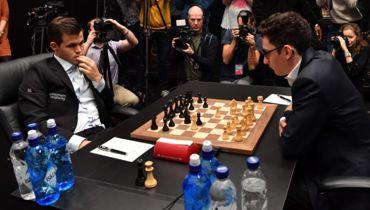 Чемпион потерял инстинкт убийцы. Спор за шахматную корону продолжается