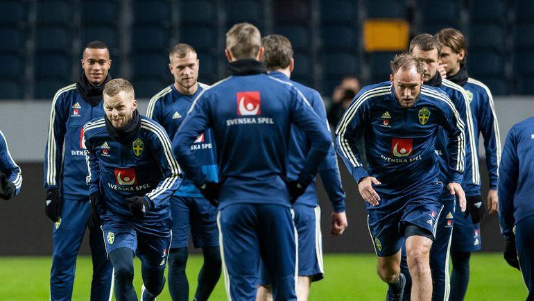 19 ноября. Сольна. Тренировка сборной Швеции перед игрой с Россией. Фото AFP