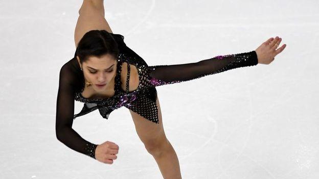 Российская фигуристка Евгения Медведева не вышла в финал Гран-при, Медведева упала на Гран-при Франции, обзор выступления, видео
