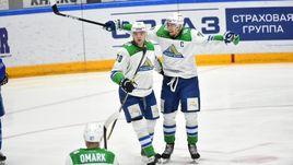Теему Хартикайнен (слева) и Антон Бурдасов.
