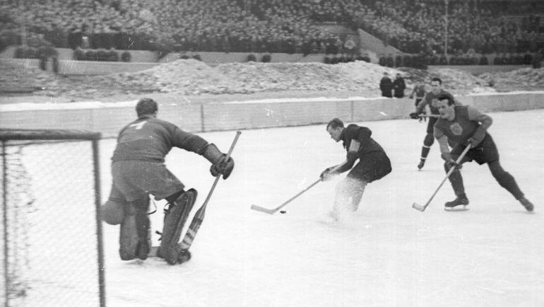 Хоккей в СССР в 50-х. Фото Олег Неелов.