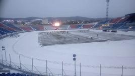 Центральный стадион Красноярска. Здесь завтра должны сыграть