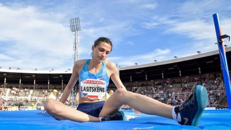 Мария Ласицкене и другие российские легкоатлеты продолжат выступать под нейтральным флагом. Фото AFP