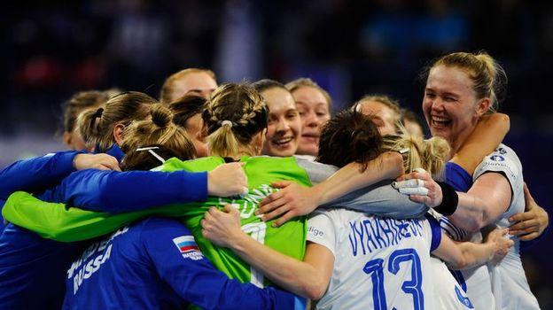 Россия бьет чемпионок мира!