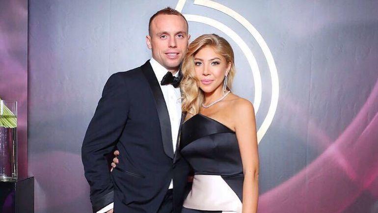 Денис Глушаков и его жена Дарья. Фото instagram.com