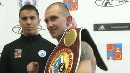 Роман Андреев (справа).