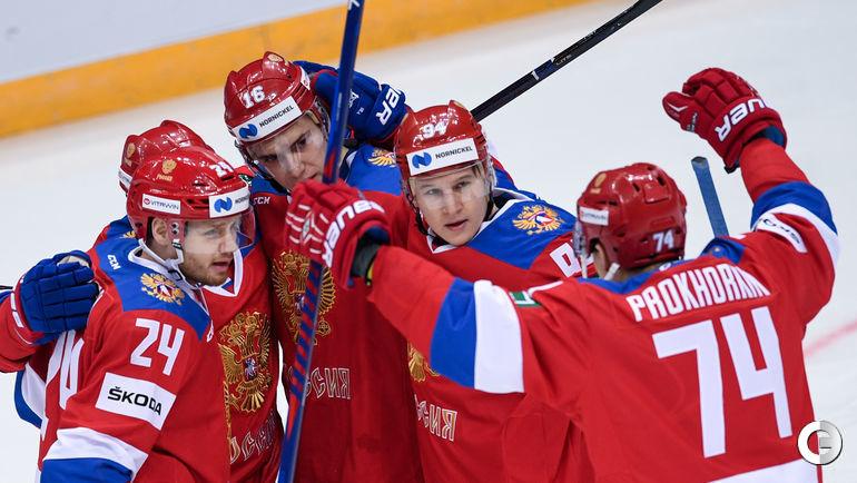 15 декабря. Москва. Россия - Чехия - 7:2. Хоккеисты сборной России получили много возможностей обняться.