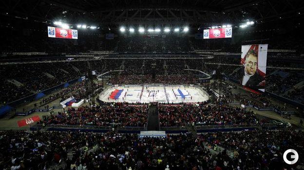 16 декабря. Санкт-Петербург. Россия - Финляндия - 5:0. Вот так выглядит 71 тысяча зрителей на хоккейном матче. Фото REUTERS