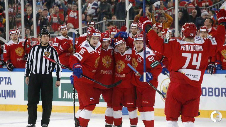 16 декабря. Санкт-Петербург. Россия - Финляндия - 5:0. Хоккеисты сборной России празднуют гол.