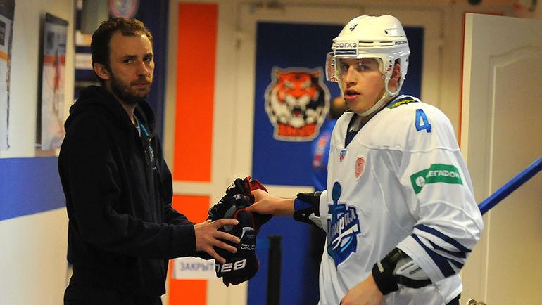 Никита Лисов (справа). Фото photo.khl.ru