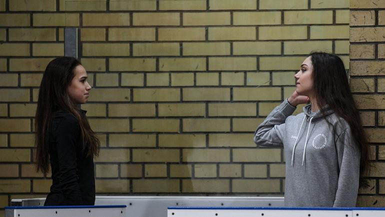 Алина Загитова и Евгения Медведева. Фото Дарья Исаева, «СЭ»