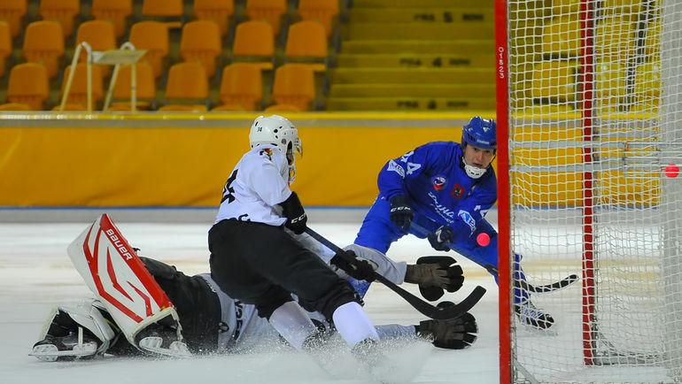 После двухнедельной декабрьской паузы, связанной с выступлением национальной сборной России на Турнире четырех наций, клубы возобновили борьбу за зону плей-офф. Фото Максим Широков