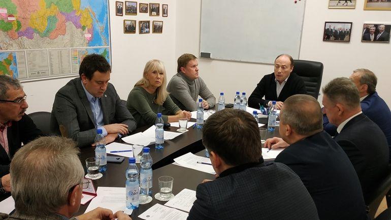 Президиум Федерации современного пятиборья России.