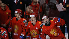 1 января. Ванкувер. Россия - Канада - 2:1. Игроки празднуют победу после финальной сирены.