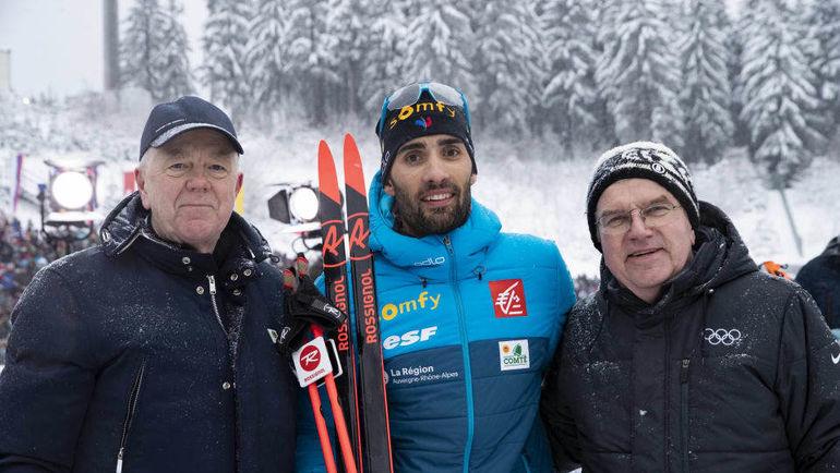 11 января. Оберхоф. (слева направо) Глава IBU Олле Далин, Мартен Фуркад, Томас Бах. Фото biathlonworld.com