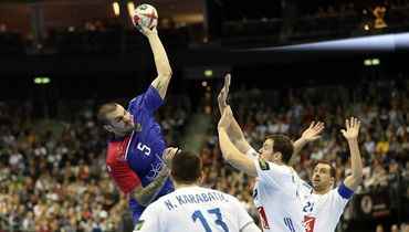 Российские гандболисты дали бой чемпионам