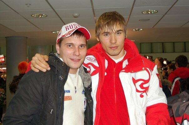 Встреча Антона Шипулина в аэропорту после ОИ-2010 в Ванкувере. Фото личный архив Ильи Трифанова