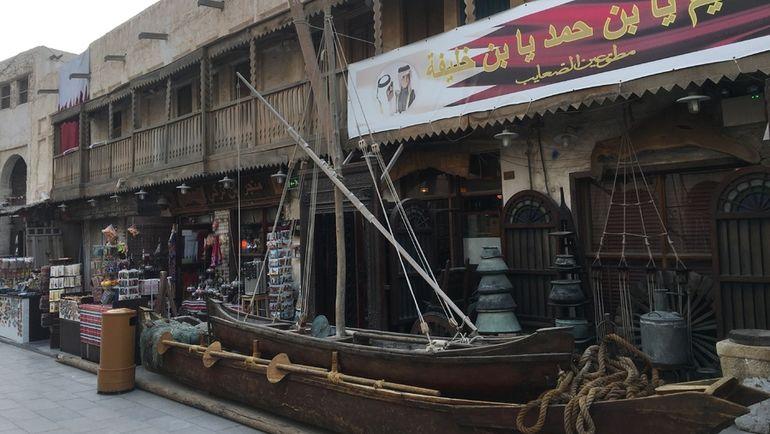 """В Катаре можно найти забегаловки с кухней юго-восточной Азии. Фото Гоша Чернов, """"СЭ"""""""