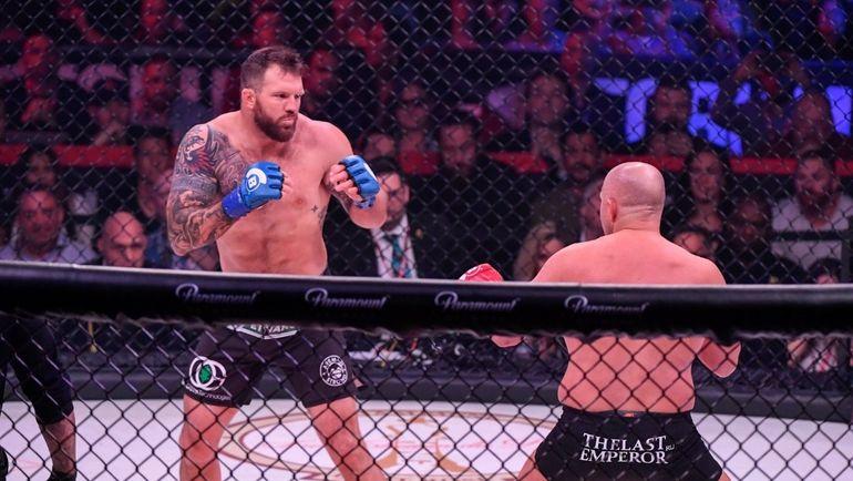 Райан Бейдер отправил Федора Емельяненко в нокаут на первой минуте боя. Фото Твиттер Bellator MMA.