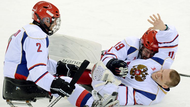 Владимир Каманцев (справа). Фото AFP