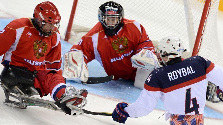 Владимир Каманцев (в центре). Фото AFP