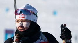 6 февраля. Кэнмор. Норвежская биатлонистка во время тренировки.