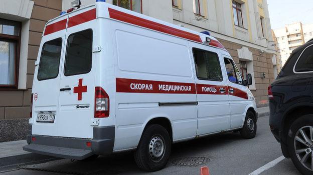 Пострадавшего в результате конфликта во время матча детских команд доставили в больницу. Фото Алексей Иванов