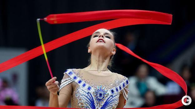 17 февраля. Москва. Этап Гран-при. Дина Аверина. Фото Дарья Исаева,