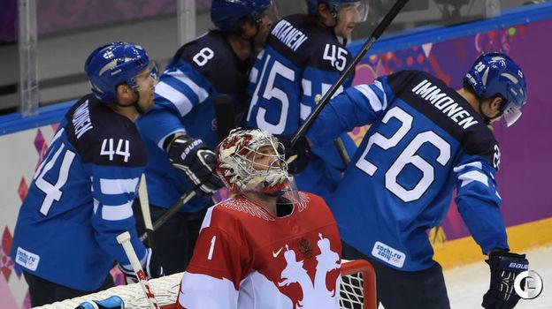 19 февраля 2014 года. Сочи. Финляндия - Россия - 3:1. Третья шайба в ворота россиян. Фото Александр Федоров,