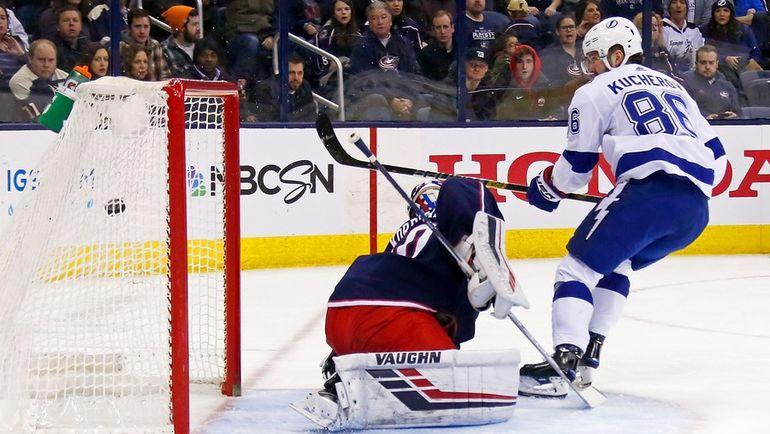 Никита Кучеров набрал 99 очков в 60 матчах регулярного чемпионата НХЛ