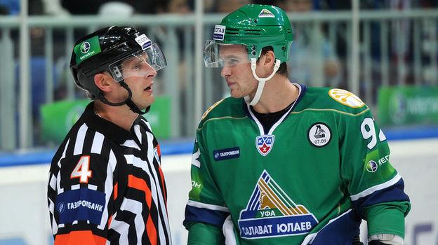 Интервью одного из лучших арбитров КХЛ Эдуарда Одиньша