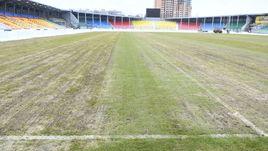 Так выглядит поле стадиона в Туле.