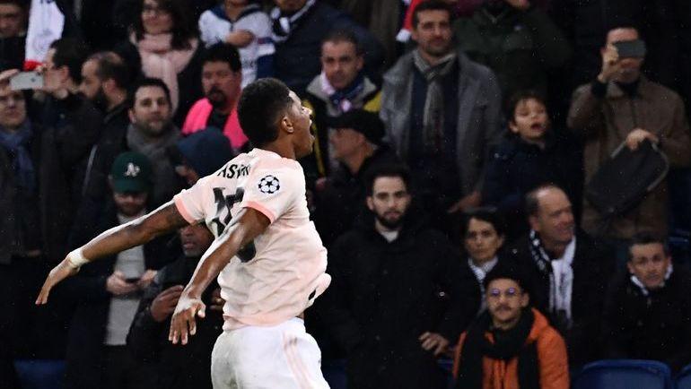 """6 марта. Париж. """"ПСЖ"""" - """"Манчестер Юнайтед"""" - 1:3. Маркус Рэшфорд после забитого пенальти на последних минутах. Фото AFP"""