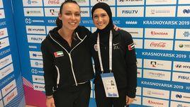 Тренер фигуристки из ОАЭ Захры Лари Александра Иевлева (слева) на зимней Универсиаде - 2019 в Красноярске.