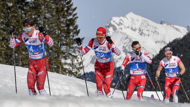(слева направо) Россияне Андрей Мельниченко и Александр Большунов, норвежцы Шюр Рете и Мартин Сундбю. Фото AFP