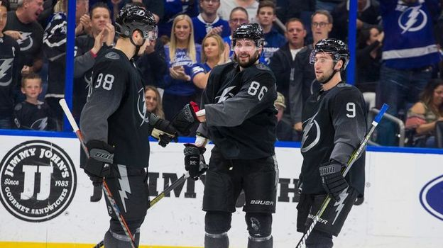 Чемпионат НХЛ, 10 марта, обзор матча, видео голов, Никита Кучеров установил рекорд Тампы по очкам за сезон