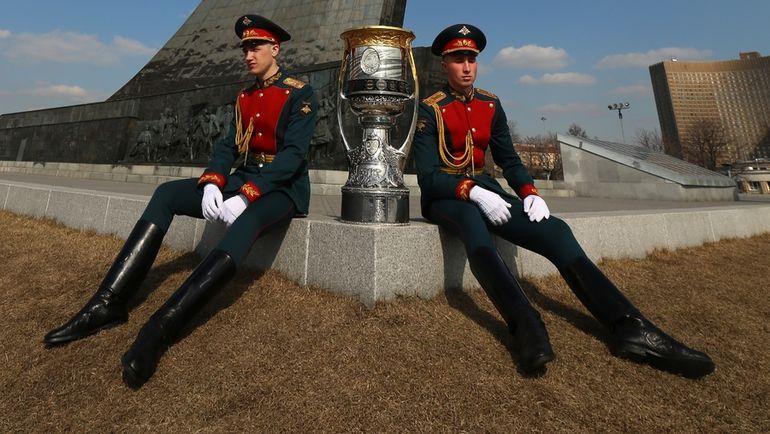 КХЛ: второй раунд плей-офф. Фото Андрей Голованов и Владимир Беззубов, photo.khl.ru