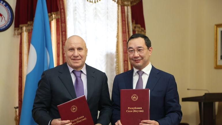 Михаил Мамиашвили и Айсен Николаев.