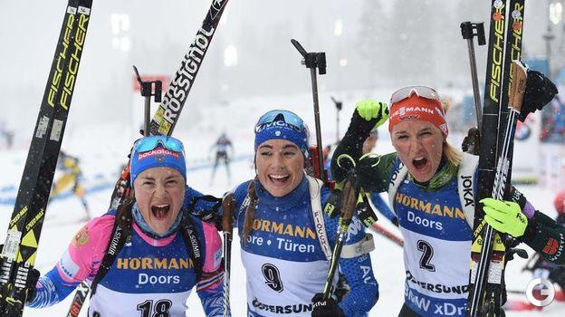 17 марта. Эстерсунд. Масс-старт. Екатерина Юрлова-Перхт, Доротея Вирер и Дениза Херманн. Фото AFP