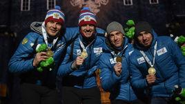 Российская четверка, завоевавшая бронзу чемпионата мира в эстафете - Матвей Елисеев, Никита Поршнев, Дмитрий Малышко и Александр Логинов (слева направо).